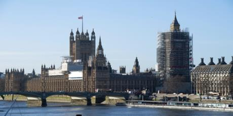 International Moving to UK from Dubai Company